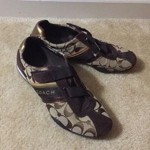GUC Coach brown katelyn  sneakers Sz 9 1/2